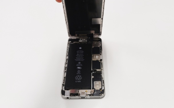 iPhone_motherboard_repair_PCServiceDallas
