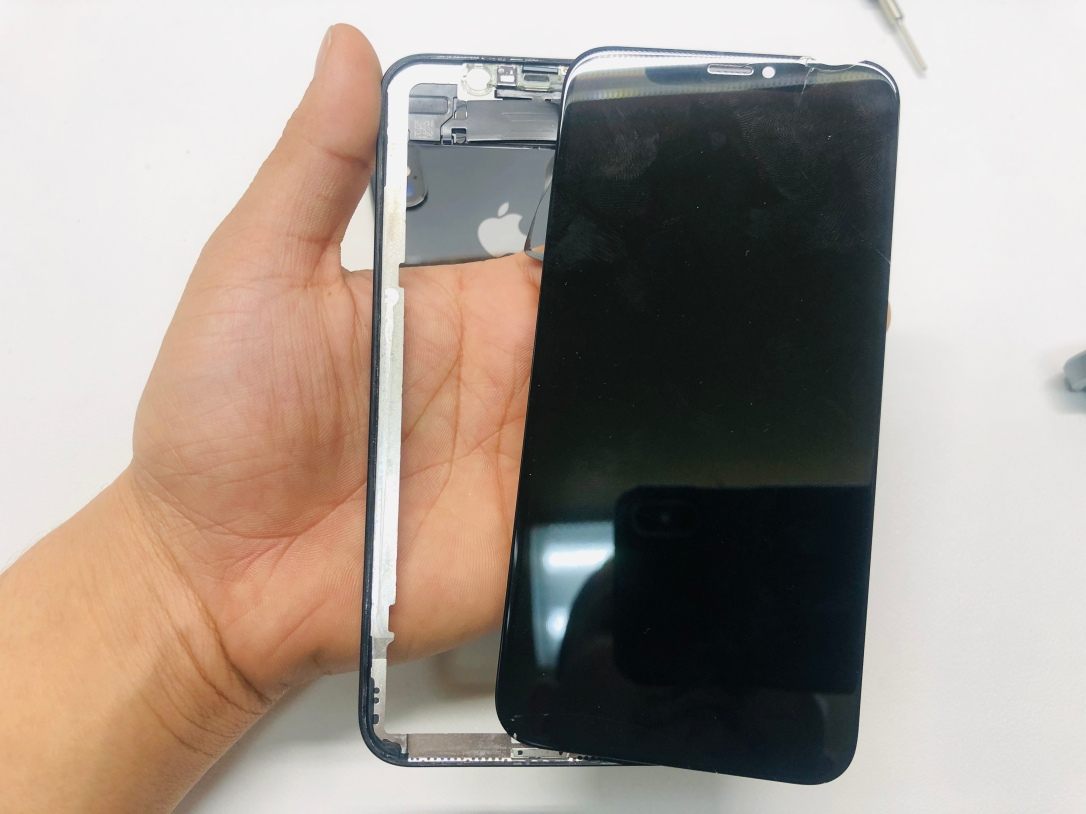 best iPhone screen repair Dallas