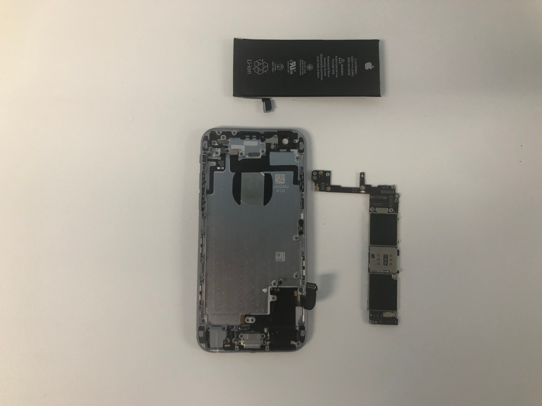 iPhone battery replacement in Dallas
